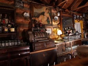 The Legendary Bar
