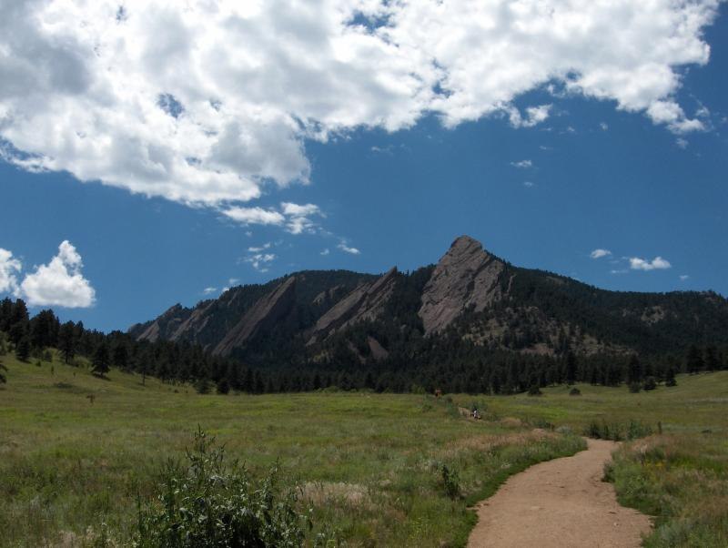 flatirons boulder events