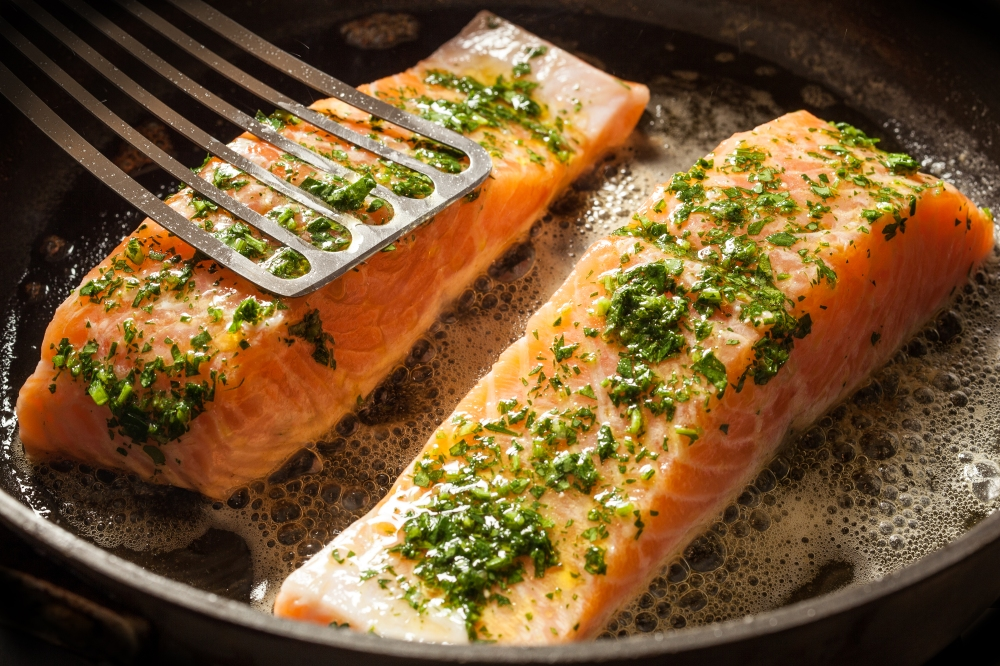 31262_RecipeImage_pan_seared_salmon_caper_sauce